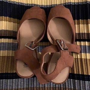 Caramel suede platform heels